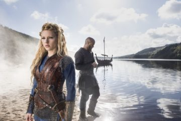 150518_PIV_Vikings_S3_Lagertha_Lothbrok_Ragnar_Lothbrok__c__2015_TM_PRODUCTIONS_LIMITED___T5_VIKINGS_III_PRODUCTIONS_INC._ALL_RIGHTS_RESERVED