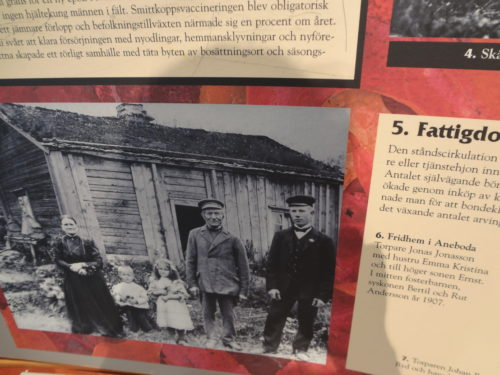 Find out the reasons why so many Swedes emigrated to America in the 19th and 20th century. Photo taken at the House of Emigrants in Växjö, Sweden.